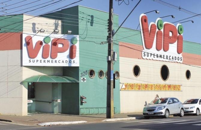 Super Vipi celebra 32 anos com investimentos