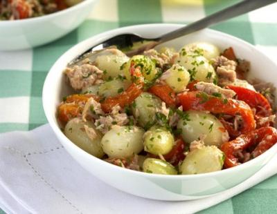 Salada light de cebola, atum e pimentão